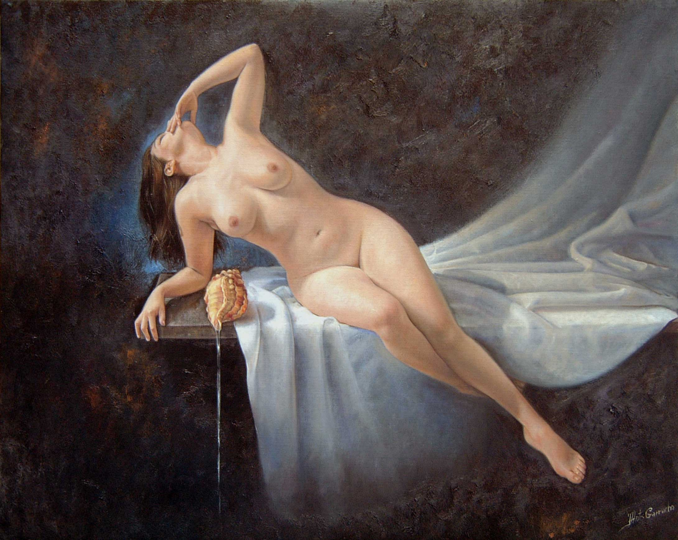 Desnudo con caracola